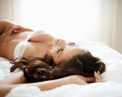 Iti place sa te satisfaci singura? Uite tot ce trebuie sa stii despre masturbare!