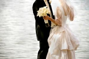 """De ce nu este bine sa urezi """"Casa de piatra"""" cuplurilor care se casatoresc? Un preot a oferit explicatii"""