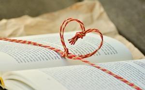 Cadouri speciale pentru iubit de Ziua Indragostitilor. Cu ce sa il surprinzi