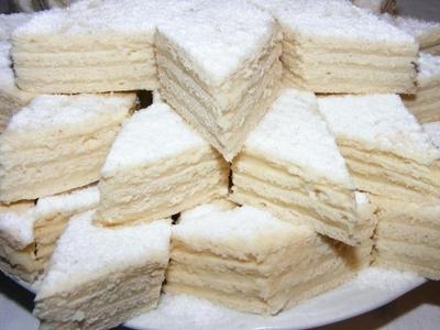 Prajitura Alba ca Zapada, desertul perfect pentru masa de Craciun