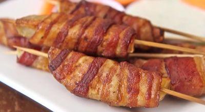 VIDEO! Cum sa faci cei mai gustosi cartofi inveliti in bacon!