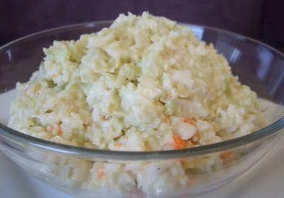 VIDEO! Cum sa faci cea mai buna salata coleslaw, exact ca la un celebru fast food!