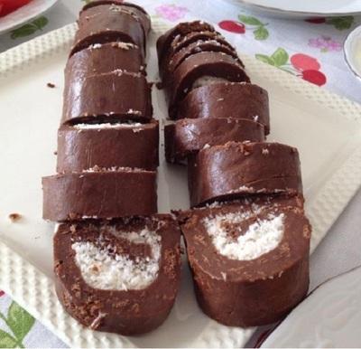 Rulada cu cocos si ciocolata! E gata in 7 pasi