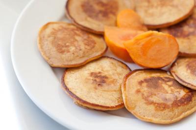 Clatite din cartofi dulci! Nu contin gluten si se prepara rapid si usor!