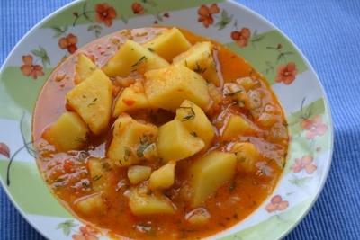 Mancarea de cartofi cu ardei iute, ideala pentru masa de post