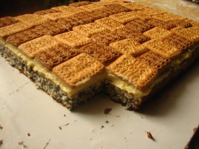 """Prajitura """"Blanka"""" cu mac si biscuiti - pentru orice buzunar"""