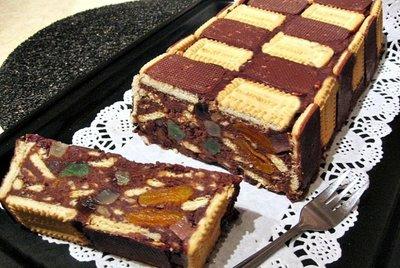 Tort Sah de biscuiti cu fructe confiate si nuca - FARA COACERE
