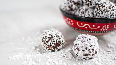 Bilute cu ciocolata si cafea - desert sanatos si fara coacere!