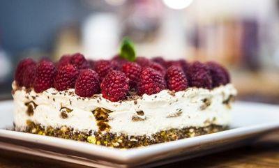 Cheesecake tiramisu - combinatie delicioasa de doua deserturi! Se face rapid!