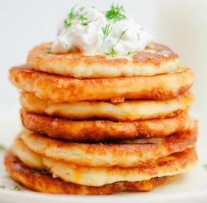 Clatite din piure de cartofi, rapide si economice - cea mai simpla gustare!