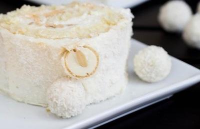"Rulada ""Raffaello"", perfecta pentru masa de Paste! Cum se prepara!"