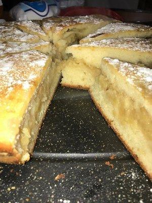 Reteta delicioasa: prajitura cu mere, pentru lenesi, gata in doar cateva minute