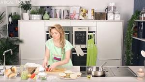 Reteta de post de la Laura Cosoi: burger vegetarian