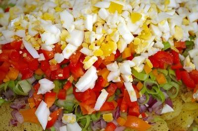 Nu mai pune niciodata asa ceva in salata boeuf - Greseala asta ii strica gustul