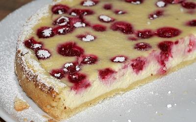 Cheesecake cu fructe si miere - trebuie sa-l incerci imediat