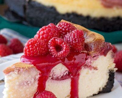 Cheesecake cu zmeura, o reteta delicioasa de vara!