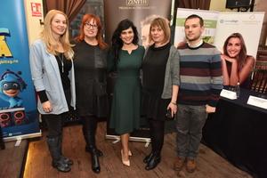 Simona Dragomir impreuna cu Mirela Retegan si specialistii invitati au pregatit mamicile pentru Martisor!