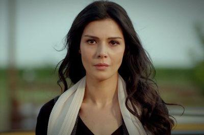 """Tragedie pentru Hatice Şendil, Elif din """"Ziua in care mi s-a scris destinul"""": """"Aceasta zi este intunecata si plina de durere""""!"""