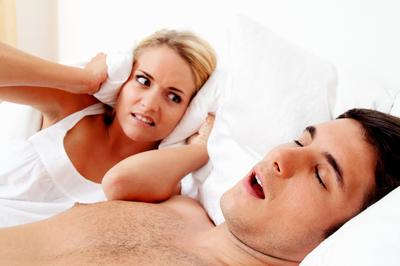 De ce apare insomnia si cat de periculoasa este apneea de somn? Iti dam toate detaliile