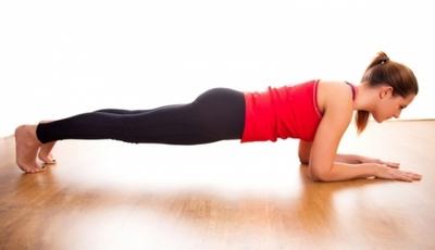 Exercitiul care te ajuta sa obtii un abdomen plat si tonifiat