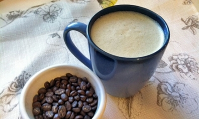 Ce se intampla daca bei cafea in care adaugi ulei de cocos, scortisoara si miere
