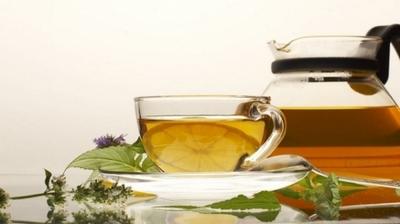 Cate calorii are o ceasca de ceai, in functie de cum este indulcit