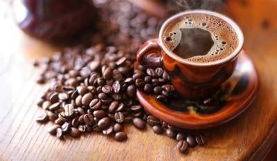 De ce sa nu mai arunci niciodata zatul de cafea! Uite ce poti face cu el!