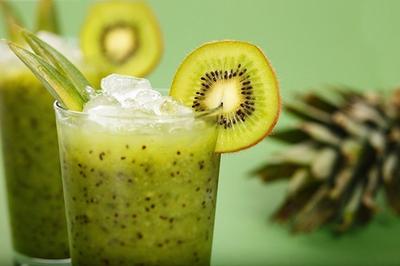 Cel mai eficient smoothie verde care iti curata corpul de toxine!