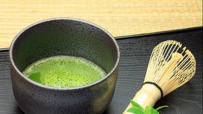 Colesterolul scade cu ajutorul acestui ceai. Bea o singura cana pe zi