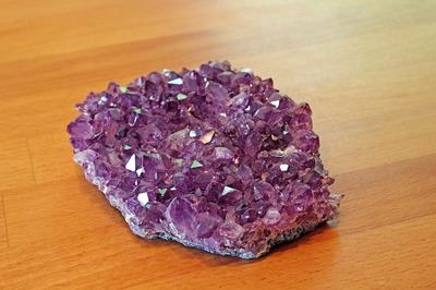 Cum cureti energia negativa cu ajutorul cristalelor!