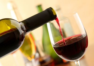 Cele 7 tipuri de cancer pe care le putem face din cauza consumului de alcool
