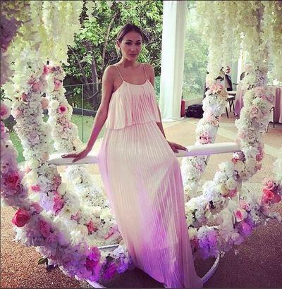 """O fosta concurenta de la """"Bravo, ai stil!"""", invitata la botezul fetitei Biancai Dragusanu! Cum s-a imbracat si cu ce jurata s-a intalnit la petrecere"""
