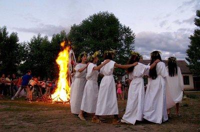 Traditii si obiceiuri in luna iunie! Ce NU trebuie sa faci pentru ca aduce ghinion