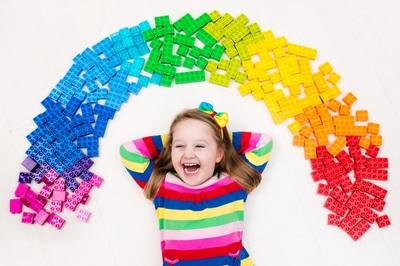 Universitatea din Cambridge a angajat primul sau profesor de Lego. Salariul impresionant pe care-l primeste