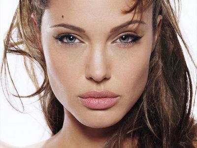 Angelina Jolie, data moarte pe Internet! Cine a facut aceasta gluma
