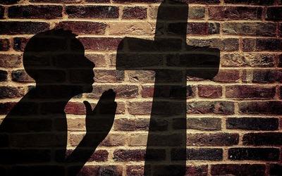 Ce miracole poate face semnul crucii!