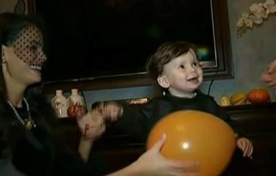 A fost haos la Anca Serea acasa! A facut party de Halloween pentru copiii ei!