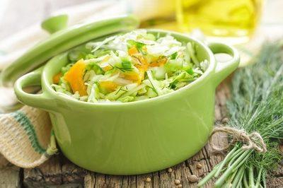 Dieta cu varza cruda. Cum poti pierde in greutate cu aceasta cura