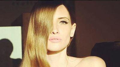 """Iulia Albu a marturisit ce fel de mama este. """"In viata este bine sa pui cat mai putine restrictii"""". Uite cat de frumoasa este fiica vedetei Kanal D"""