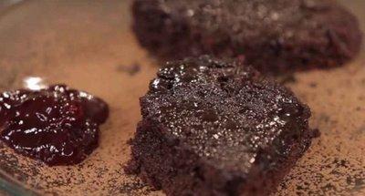 Prajitura Negresa: desert facut numai din doua ingrediente