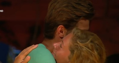 Ce i-a soptit Alina lui Stefan la ureche, inainte sa plece! Raspunsul lui a fost neasteptat