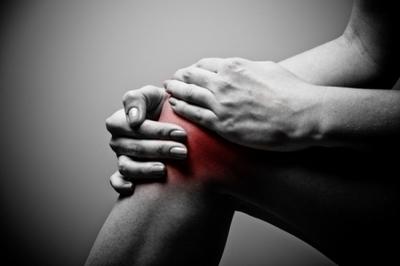 Durere de genunchi! Cand ar trebui sa te ingrjoreze durerile de articulatii