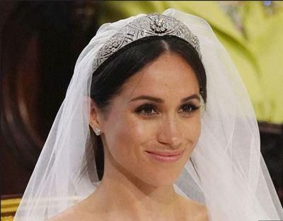 Asa ar fi aratat Meghan Markle la nunta, cu un machiaj pronuntat. Un make-up artist a fardat-o intr-o aplicatie de smart phone. Iti place?