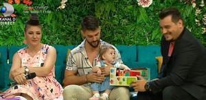 Bruce de la Exatlon, iubita si fetita, impreuna la Teo! Anya i-a zambit Bursucului si nu si-a putut lua ochii de la el!