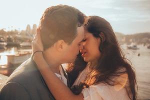 Cu ce zodie ar trebui sa te saruti ca sa simti maximum de placere