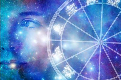 Horoscopul COMPLET pentru IULIE 2017: Incercari, greutati si despartiri pentru trei zodii