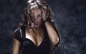 """Top 3 femei din zodiac care ofera cele mai """"fierbinti"""" partide de sex"""