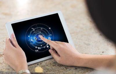 Horoscop AstroCafe pentru 10 august: Doua zodii se despart de cineva drag