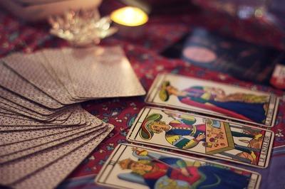 Oracolscop 23 - 29 octombrie 2017! Ce spun cartile de tarot despre fiecare zodie pentru aceasta saptamana