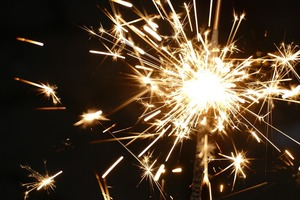 Ce trebuie sa faca fiecare zodie in noaptea de Revelion pentru a avea noroc si bani in 2018